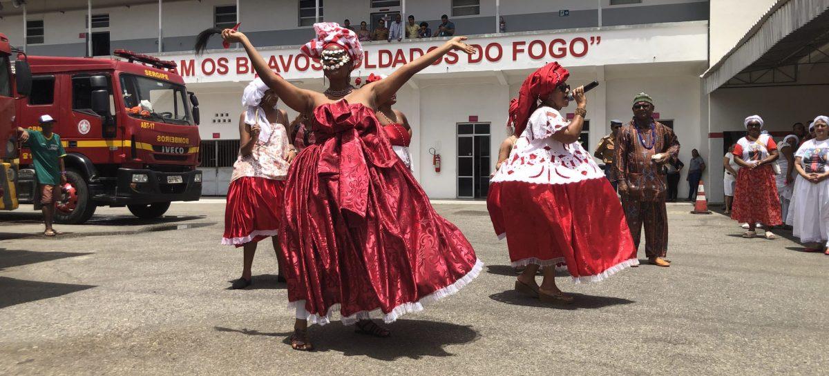 Bombeiros recebem homenagem no 12º Cortejo de Santa Bárbara