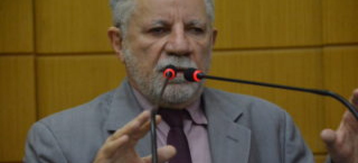 Gualberto: temos que administrar os problemas locais