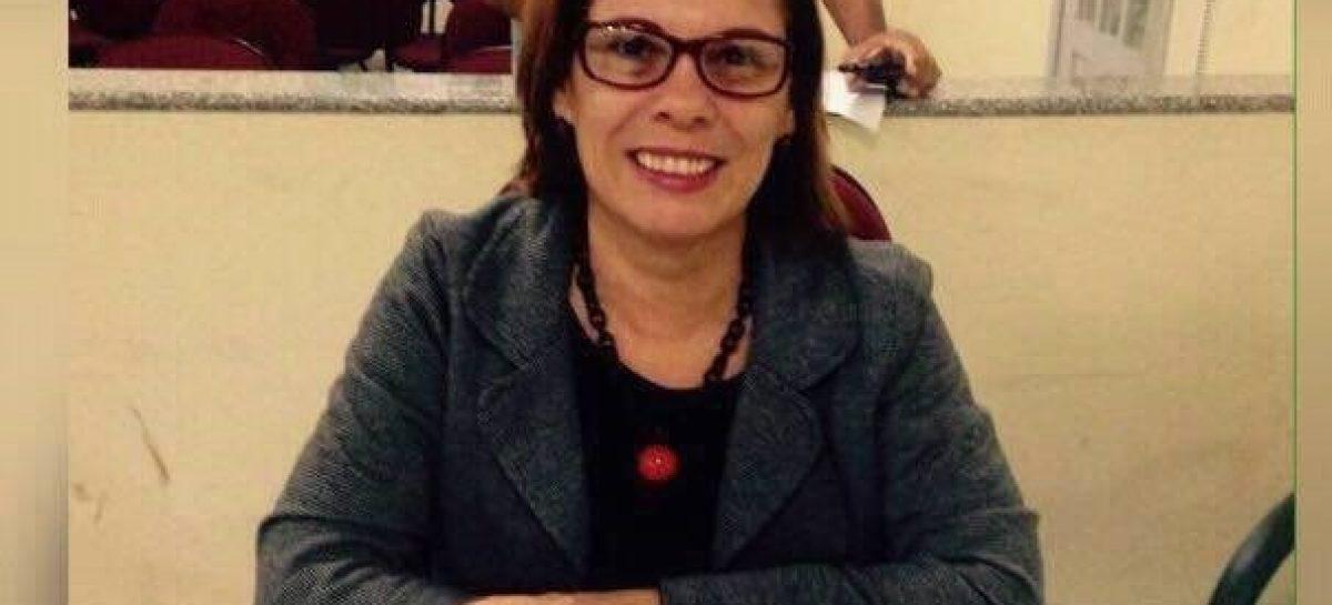 Ex-vereadora condena atitude do prefeito de São Cristóvão