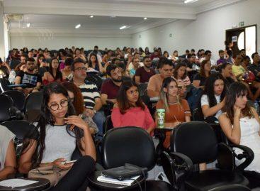 Grupo de pesquisa discute derramamento de óleo na costa brasileira