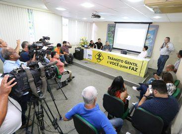 Ativistas ambientais protestam e secretários da PMA explicam as ações