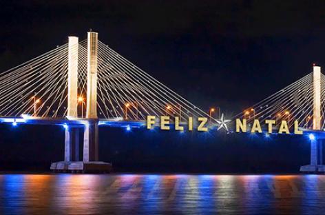Ponte Aracaju-Barra recebe decoração natalina da Energisa