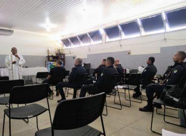 Policiais do 7º BPM participam de missa em agradecimento pela proteção