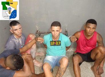 Radiopatrulha recupera veículos roubados e prende quatro homens