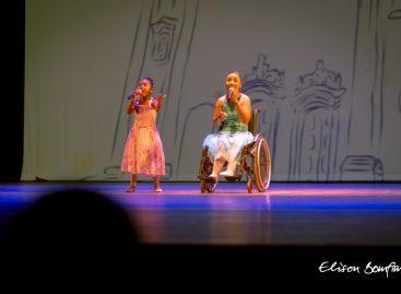 Programa Arte na Escola: Espetáculo emociona público do Teatro Tobias Barreto