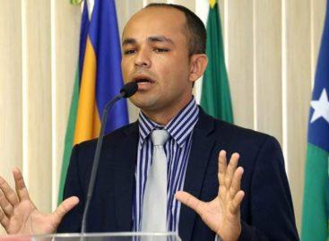 Câmara sofre derrota na justiça contra o prefeito Diógenes Almeida