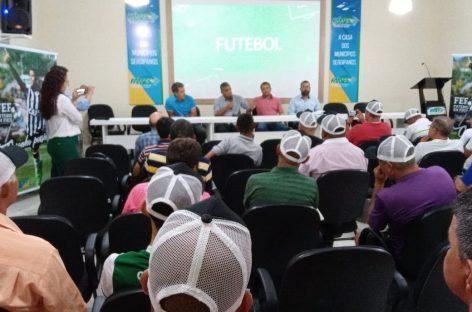 Jogadores Silas e Careca participam de workshop Futebol em Foco realizado pela Fames