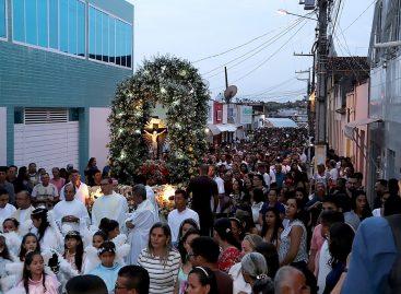 Festa do Senhor do Bonfim leva milhares de devotos a Salgado