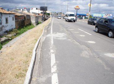 Prefeitura cobra ao DNIT conserto em trecho do pavimento da avenida Osvaldo Aranha