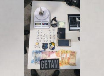Getam prende dupla por tráfico de drogas no conjunto Almirante Tamandaré