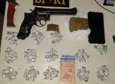 Policiais do BPRv prende traficante e apreende drogas e armas em Socorro
