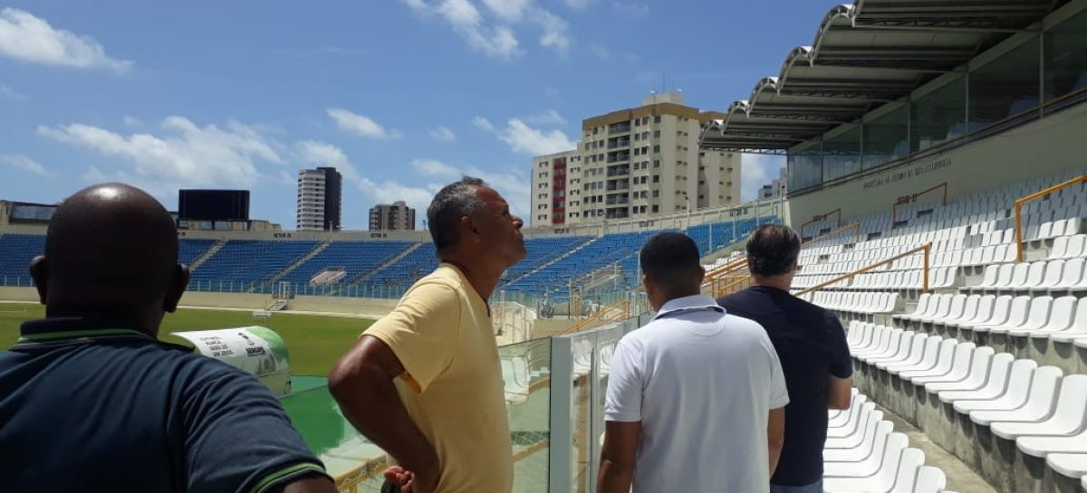 Estádios sergipanos passam por vistoria de técnicos da CBF