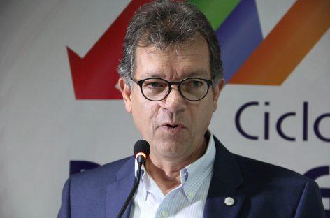 Movimentação financeira do setor de serviços aponta crescimento em novembro