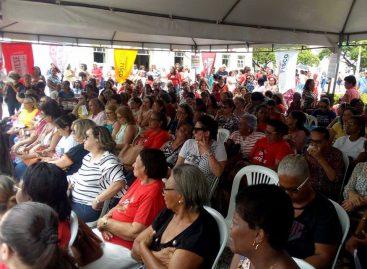 Dia do Aposentado com protesto em defesa da aposentadoria