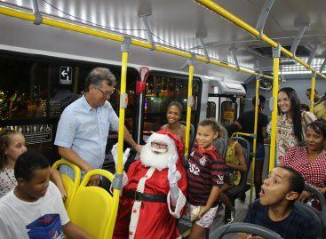 Natal Iluminado recebe 900 pessoas em passeio festivo em Aracaju