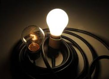 Tarifa branca é opção para ter energia mais barata, informa Aneel