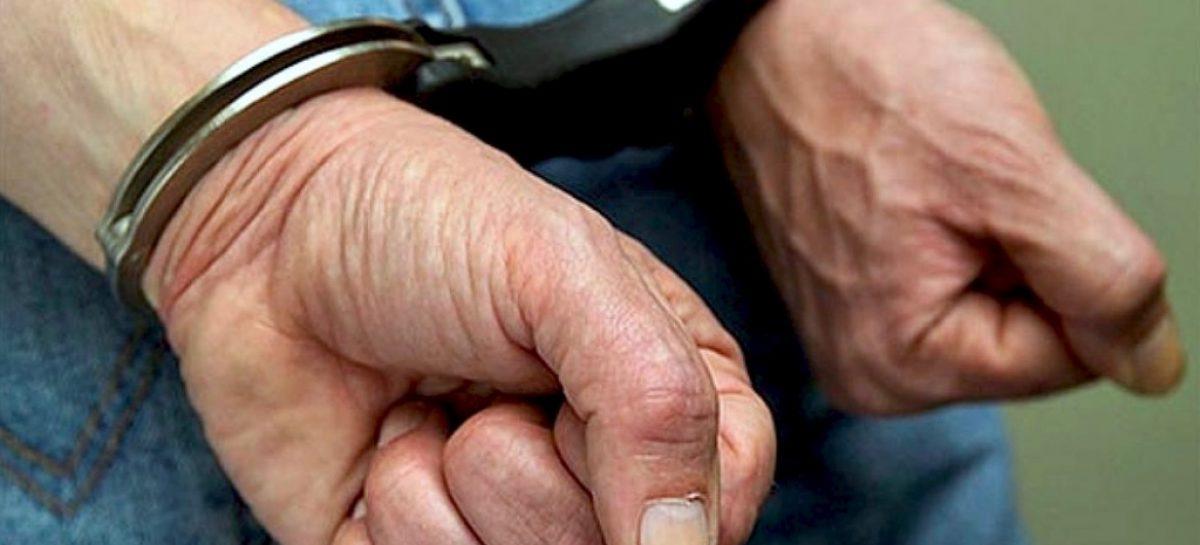 Policiais do Gati prendem três homens suspeitos de furto e desmanche de moto em Socorro
