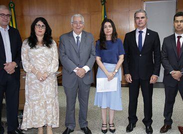 Presidente do TCE recebe membros do Fórum de Combate à Corrupção