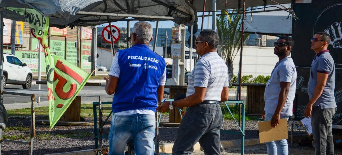 Emsurb notifica comerciantes de ocupação irregular na avenida Quirino