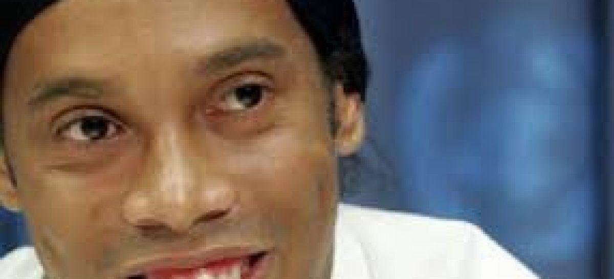 Ronaldinho Gaúcho e seu irmão são detido no Paraguai