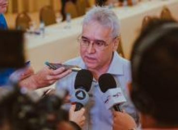 Alberto Almeida é reeleito presidente do Setransp