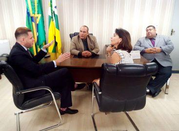 Cabo Amintas, Rodrigo Valadares, Emília Correia e cabo Didi participam de Reunião