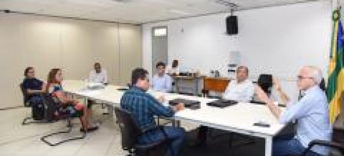 Edvaldo pede celeridade em cadastramento de autônomos para auxílio emergencial