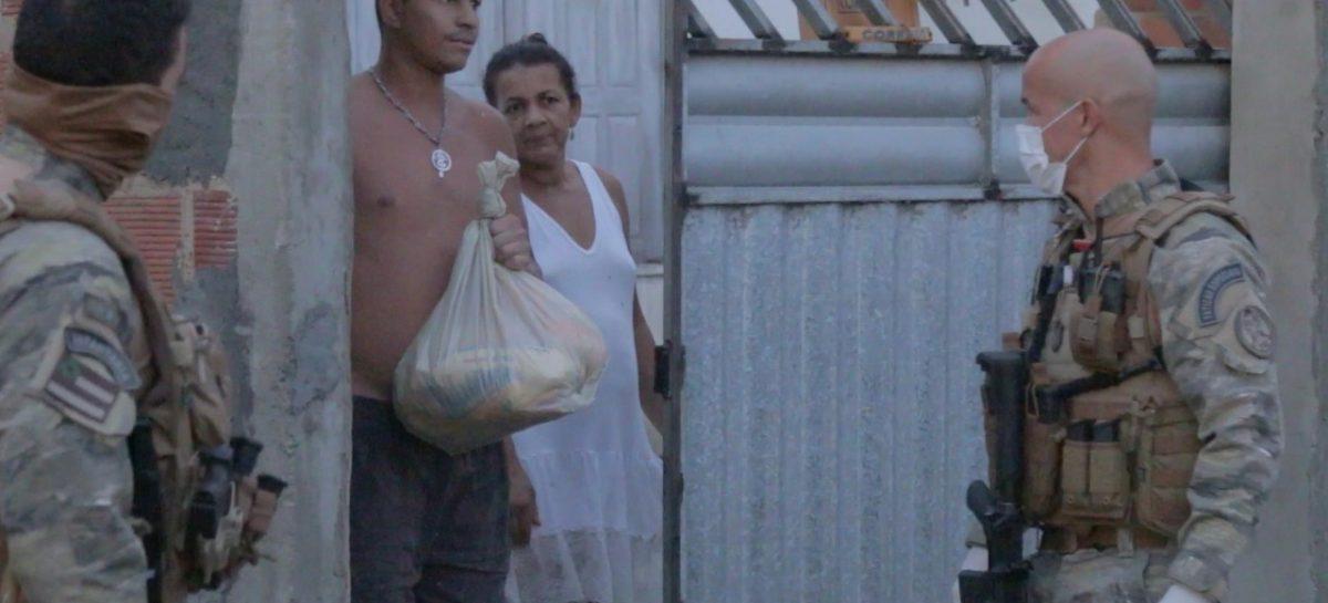 PC recebe doação de mais 300 cestas básicas e  distribui a trabalhadores