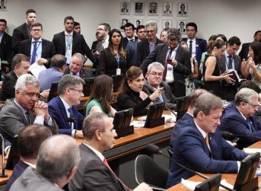 Senador Alessandro diz que pode levar a colega Kátia Abreu à Comissão de Ética
