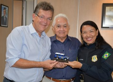 Laércio Oliveira é homenageado por policiais rodoviários federais