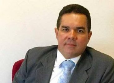 Membro do MP/SE desenvolve pesquisa sobre abuso do poder religioso nas eleições