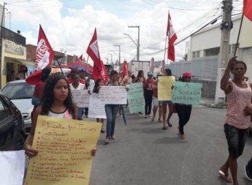Professores de Neópolis em greve por educação de qualidade e valorização