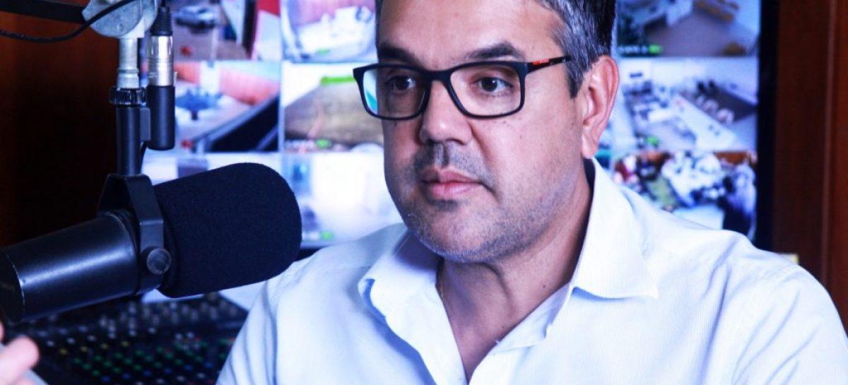 Sérgio Reis propõe que prefeita Hilda abandone licitação milionária