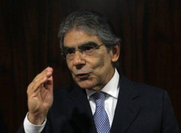 Para Britto, Bolsonaro tem que apresentar teste de Covid