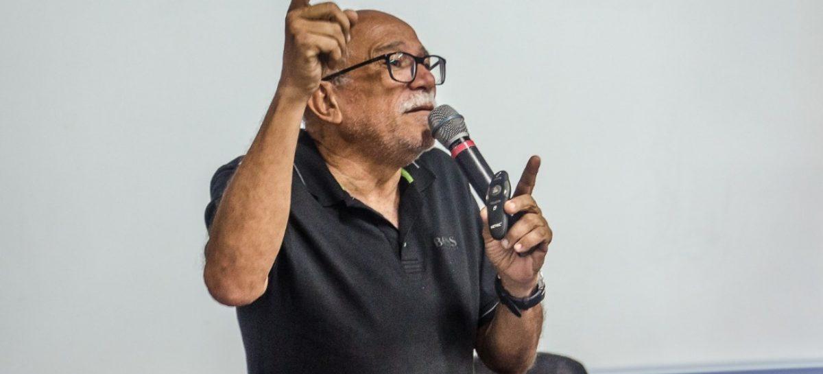Covid-19: Almir Santana fala sobre cuidados que pessoas com AIDS devem adotar