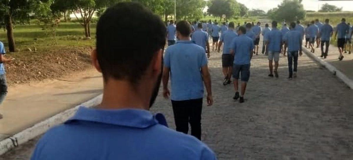 Dakota demite 254 empregados no município de Simão Dias