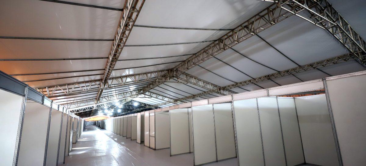 Prefeitura conclui montagem de estrutura física do hospital de campanha