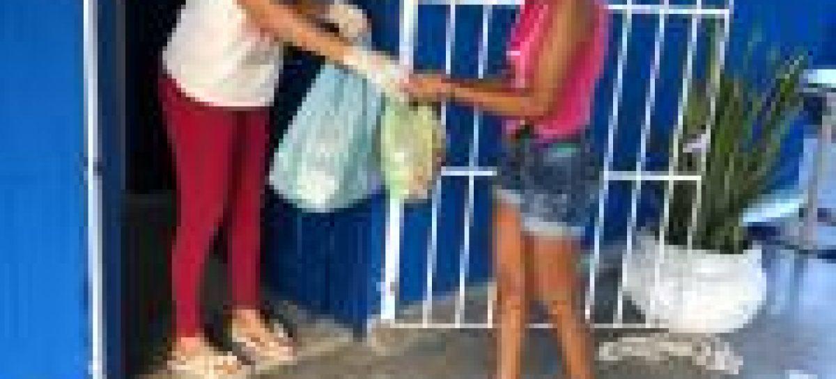 Distribuição de cestas básicas e Kits de Alimentação Escolar beneficiam famílias boquinenses