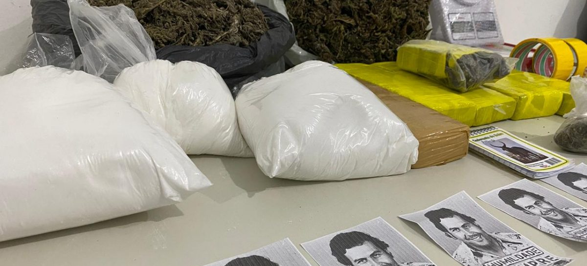 Após denúncia, Denarc prende mulher que comercializa drogas com rótulos de Pablo Escobar