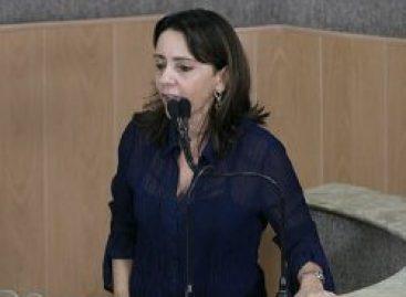 Justiça arquiva processo de Emília contra site de noticia