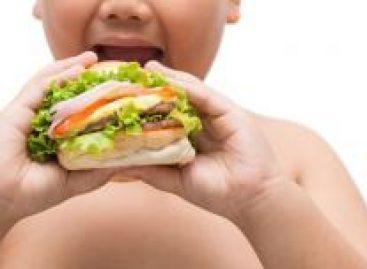Nutricionista alerta para os cuidados com a obesidade infantil no período de isolamento