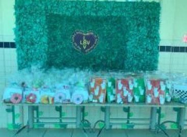 Educadores sociais da LBV confeccionam brinquedos lúdicos para crianças brinquem em suas casas