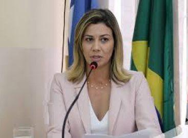"""Em nota, prefeita de Lagarto, Hilda Ribeiro, repudia """"mentira"""""""