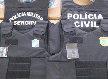 Governo entrega mais de mil coletes balísticos às Polícias Militar e Civil