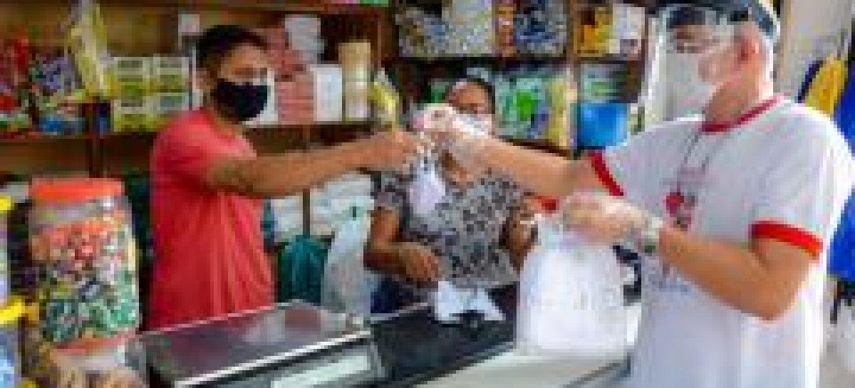 PMA inicia nos mercados distribuição de máscaras recebidas da parceria Itaú/Fecomércio