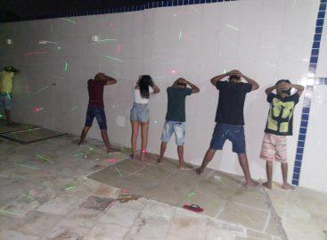 Polícia Militar encerra festa com nove jovens dentro de motel no município de Itabaiana