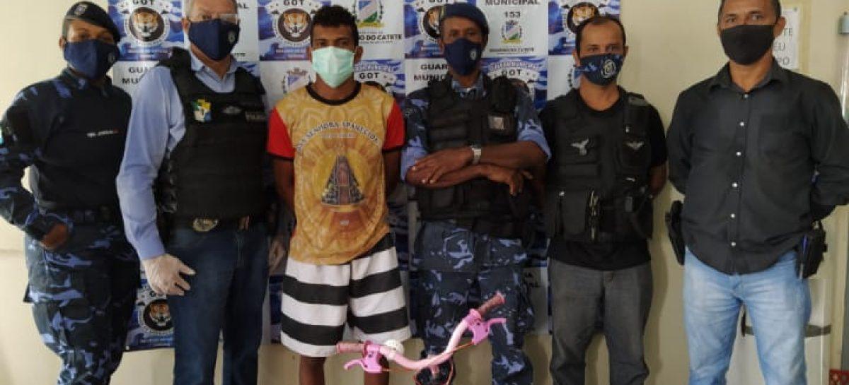 Guarda Municipal prende arrombador de estabelecimentos e residências em Rosário