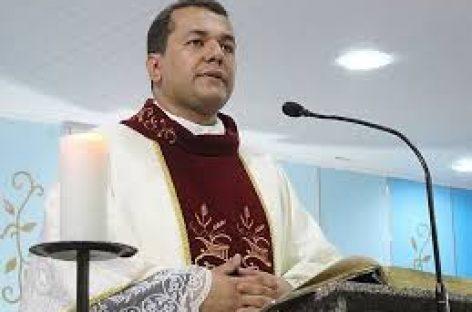 Padre Marcelo Conceição é diagnosticado com Covid-19