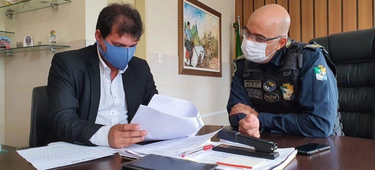 Polícia Militar e Federação Sergipana avaliam protocolo de retorno do futebol no estado
