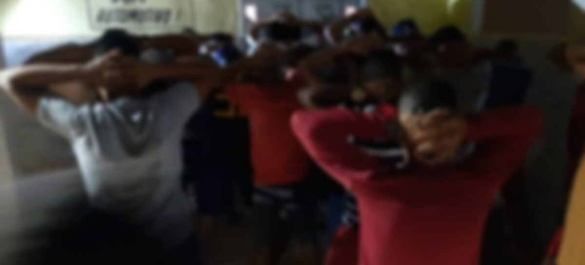 PM interrompe festa com cerca de 40 pessoas na Barra dos Coqueiros